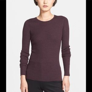 Theory ribbed top ( color burgundy)